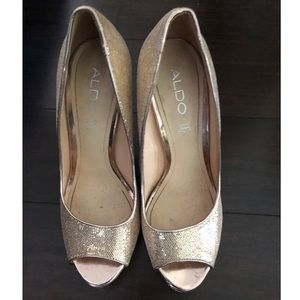Gold Peeptoe Glitter Pumps
